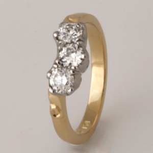 Handmade ladies 18ct yellow gold diamond eternity ring