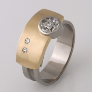 Handmade ladies 18ct yellow and white gold diamond Archie ring