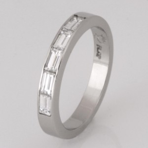 Handmade ladies diamond platinum wedding ring