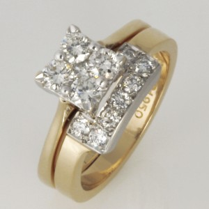 Ladies 9ct yellow gold and palladium diamond wedding ring