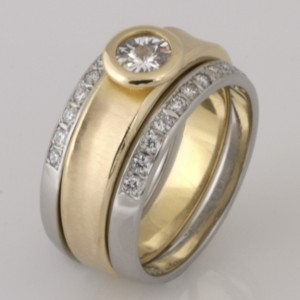 Handmade ladies palladium diamond split wedding set