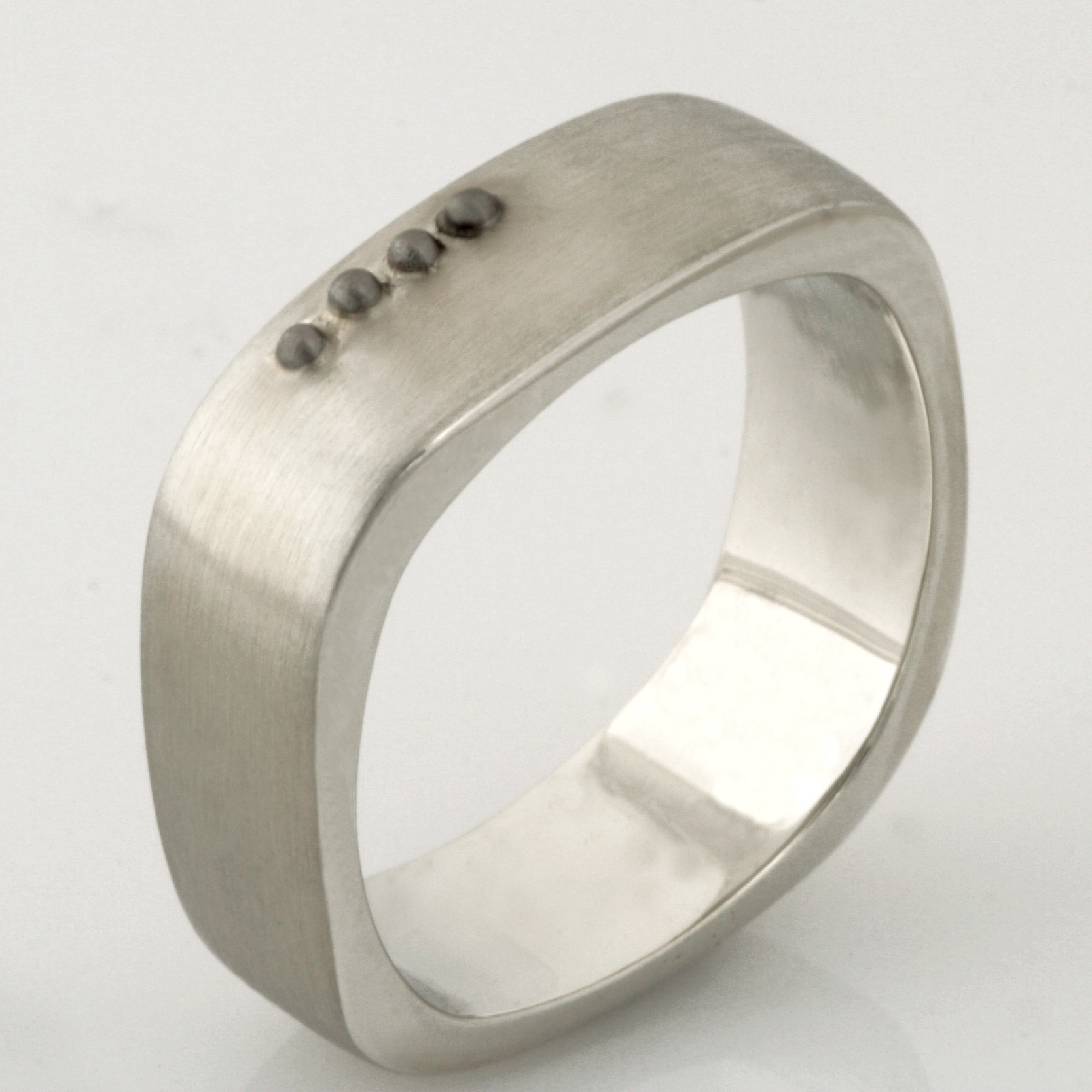 Handmade 9ct and 18ct white gold gents wedding ring