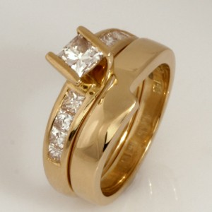 Handmade ladies 18ct yellow gold diamond engagement ring and fitted wedding ring