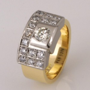 Handmade ladies 18ct yellow and white gold diamond ring