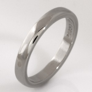 Handmade ladies platinum wedding ring