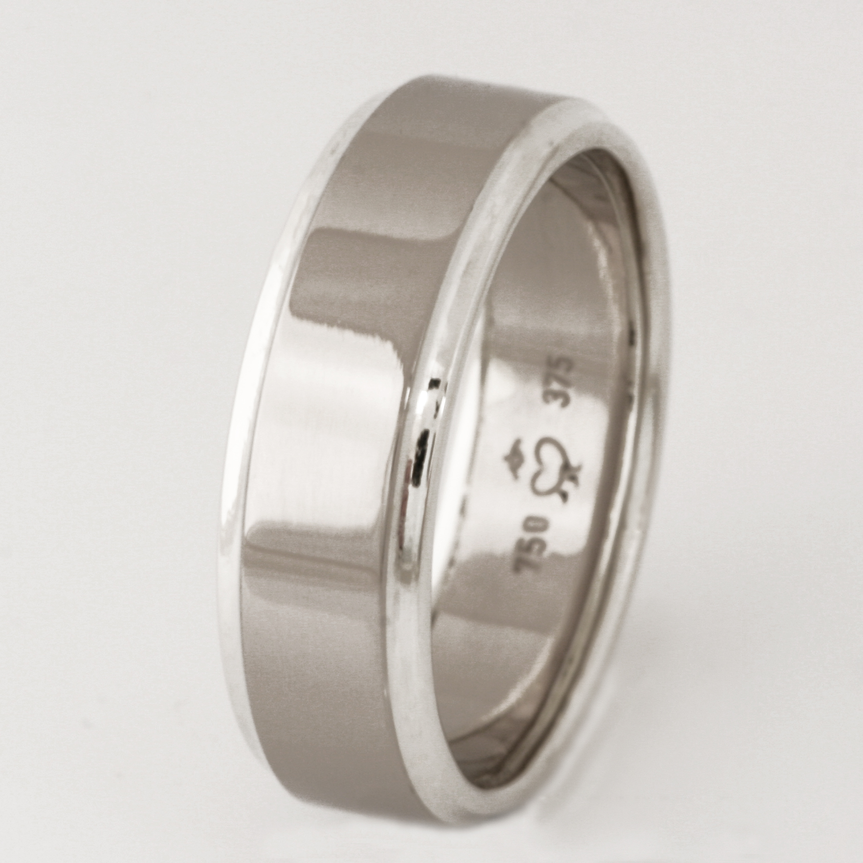 Handmade gents 18ct white gold and 9ct white gold wedding ring