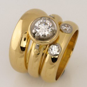 Handmade ladies 18ct yellow and white gold eternity ring