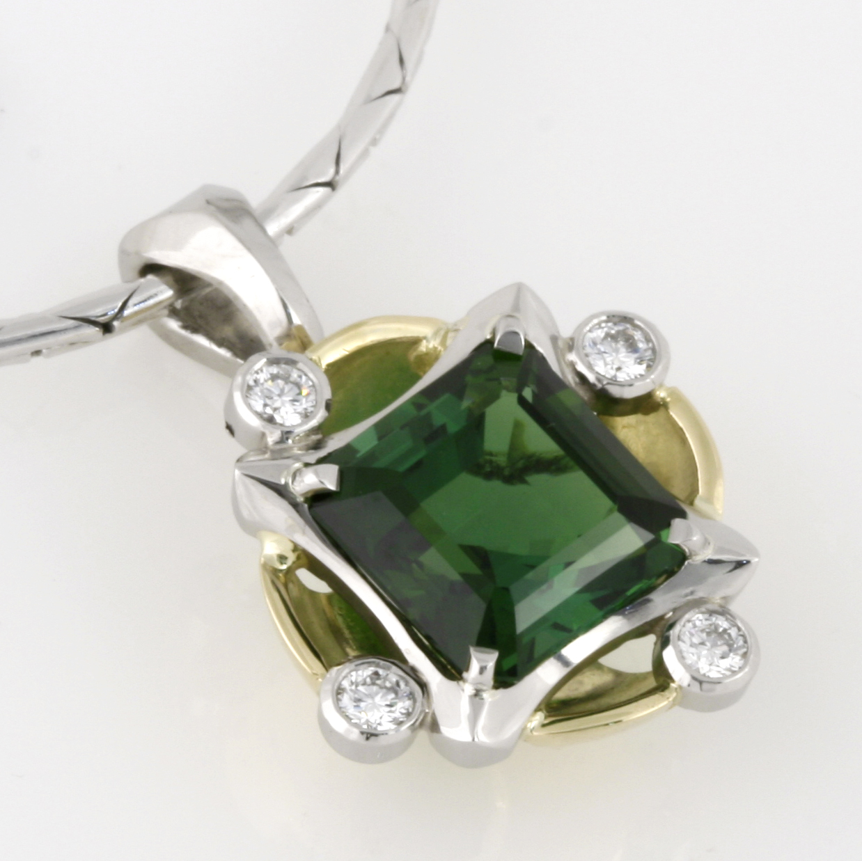 Handmade ladies 18ct green gold and palladium green tourmaline pendant