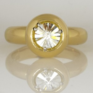 Handmade ladies 18ct yellow gold and platinum 'Spirit' cut diamond ring