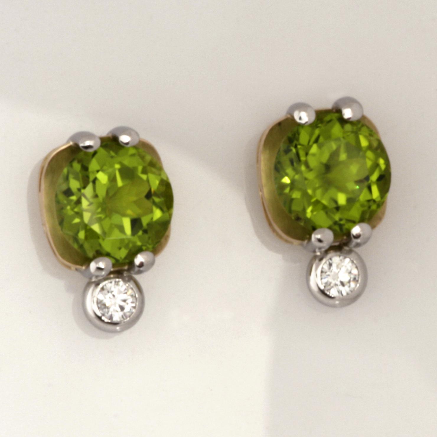 Handmade ladies 18ct yellow gold and palladium peridot and diamond earrings