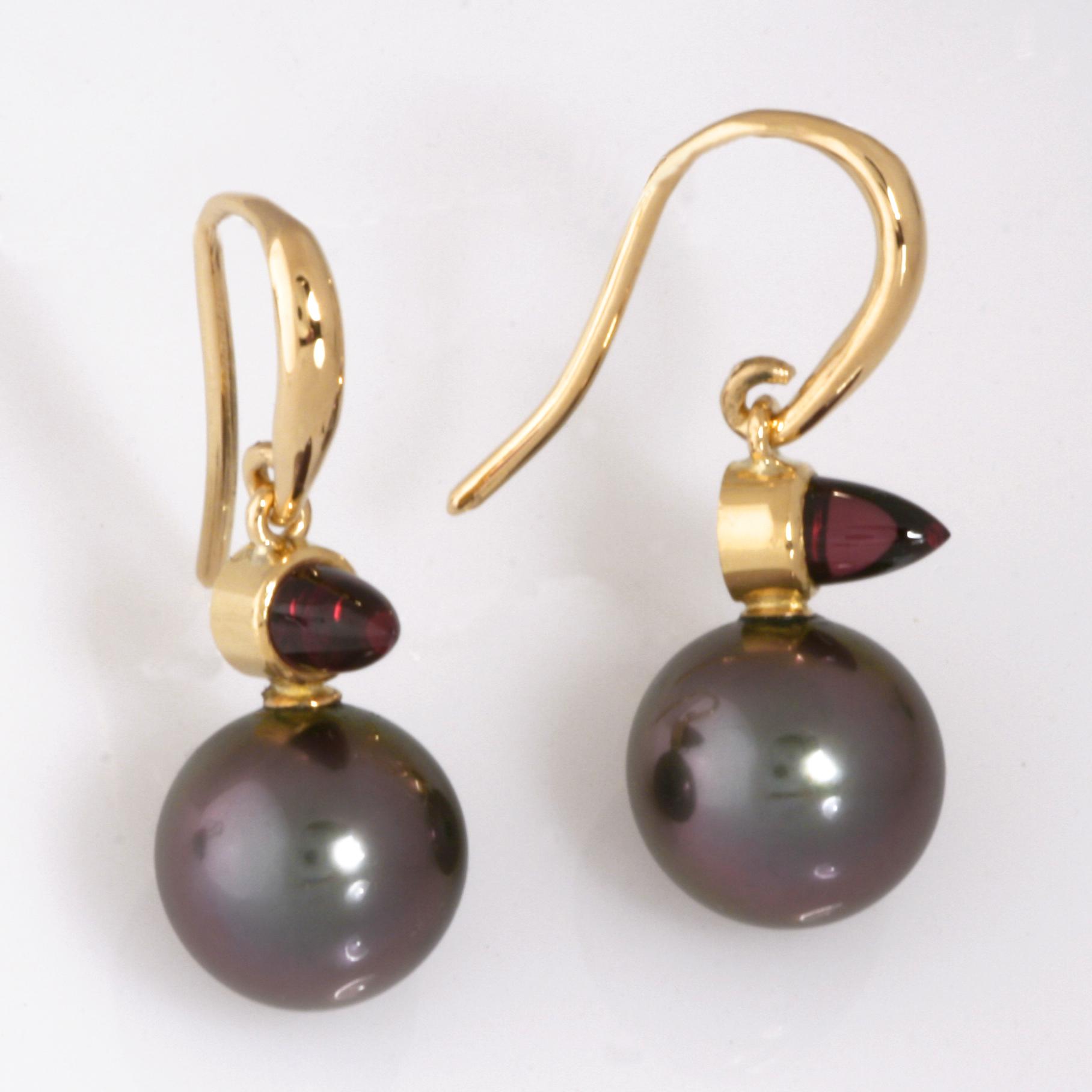 Handmade ladies yellow gold rhodolite garnet and pearl earrings