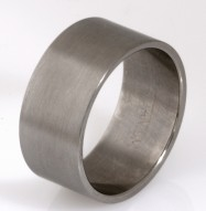 Gents titanium wedding ring