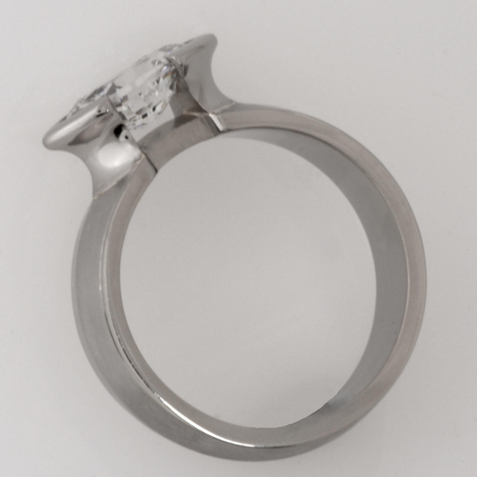 Handmade ladies 18ct white gold diamond engagement ring