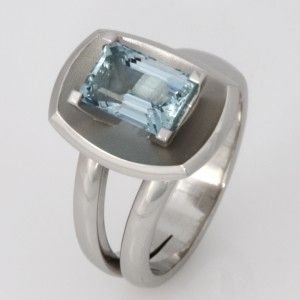Handmade ladies palladium aquamarine ring
