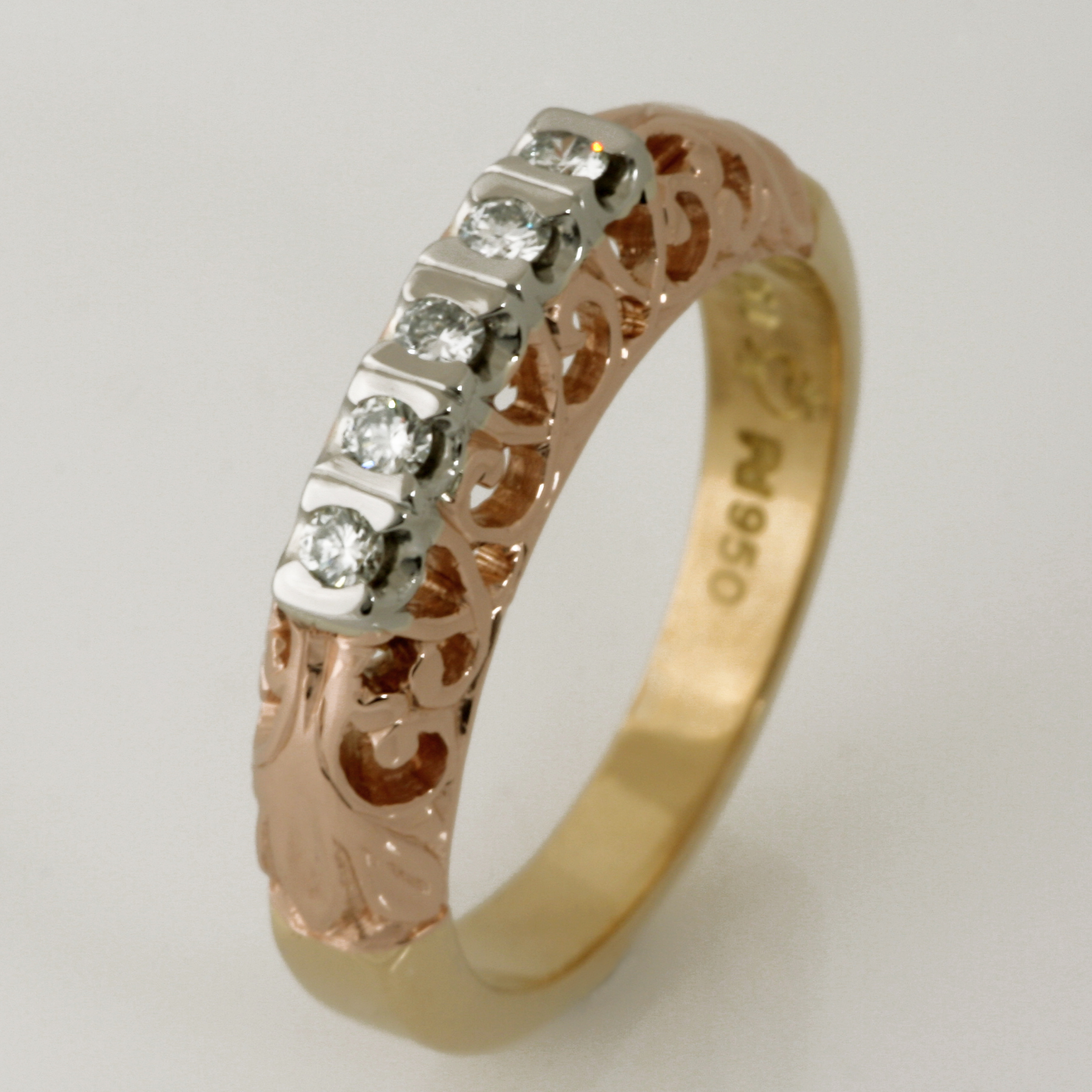 Handmade ladies 18ct yellow & rose gold and palladium diamond ring