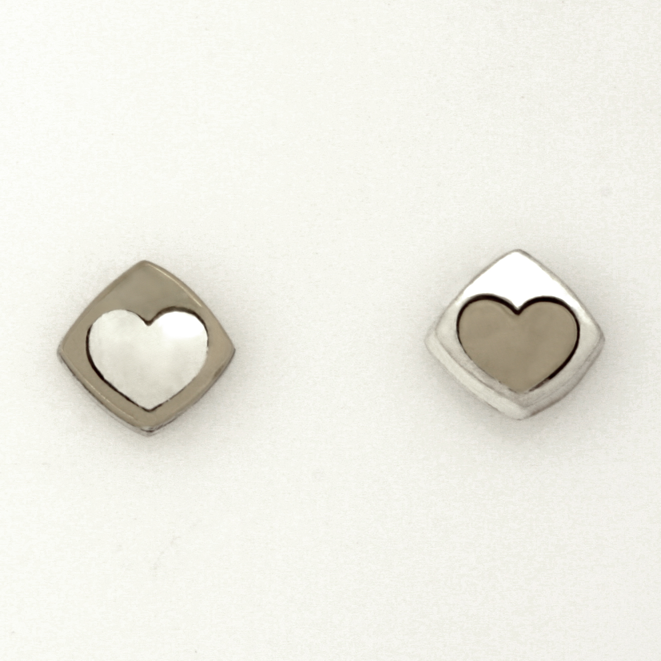 Sterling silver and palladium 'Play' heart earrings