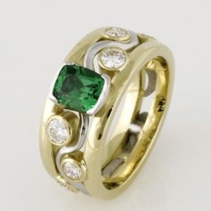 Handmade ladies palladium and 18ct green gold Tsavorite garnet and diamond ring