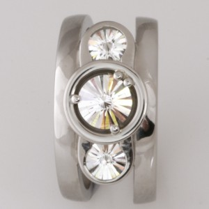 Handmade ladies palladium diamond ring with 1 x 63ct 'Spirit' cut diamond and 2 x 27ct each 'Spirit' cut diamonds