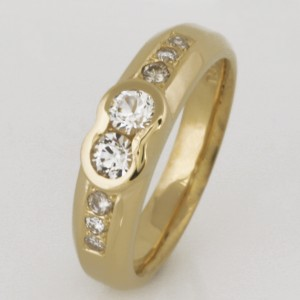 Handmade ladies 18ct yellow gold white sapphire and diamond ring