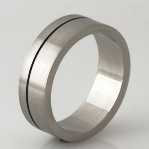 Handmade gents 18ct white gold wedding ring with an engraved oxidized line in the centre