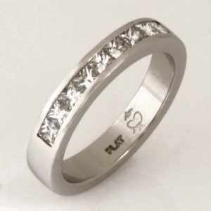 Handmade ladies platinum princess cut diamond wedding ring