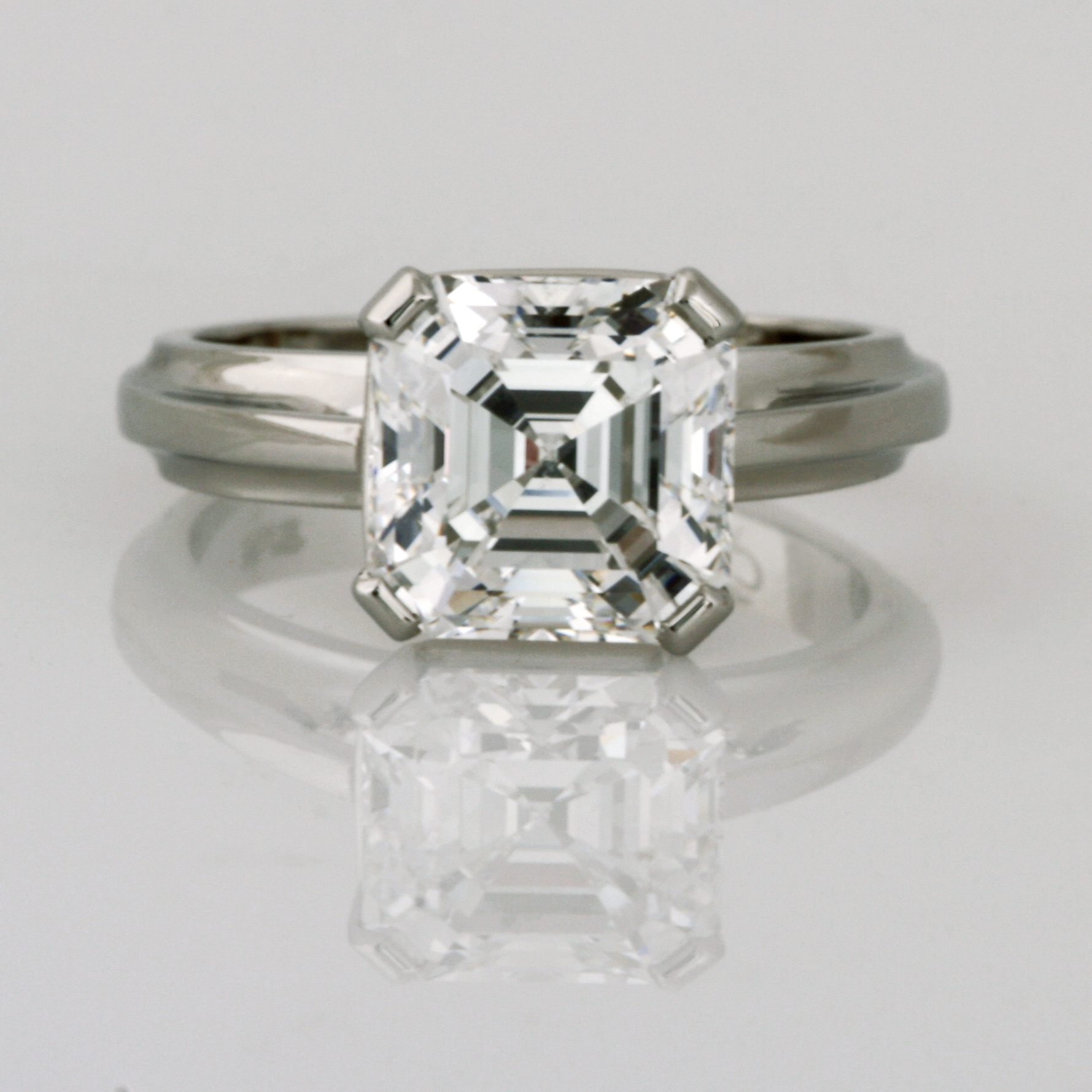Handmade ladies platinum 4.34ct square emerald cut diamond ring