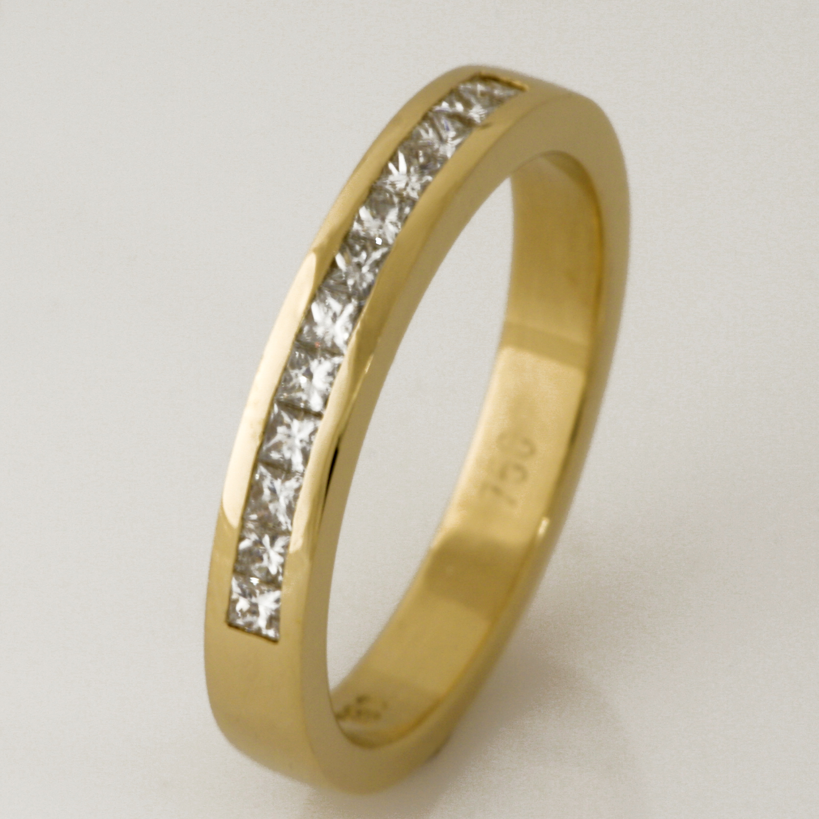 Handmade ladies 18ct yellow gold princess cut diamond wedding ring
