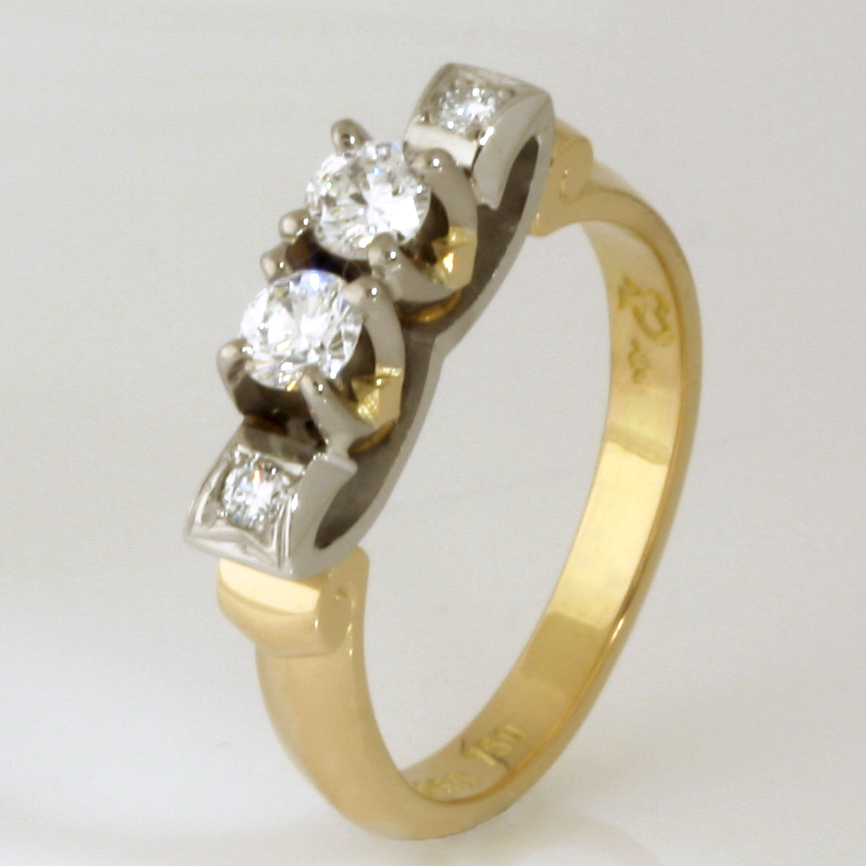Handmade ladies 18ct yellow, white gold and palladium diamond ring