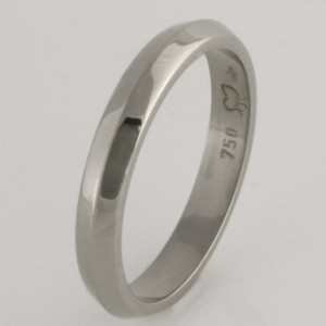Handmade ladies 18ct white gold knife edge wedding ring