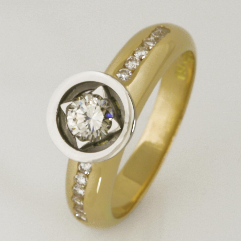 Handmade 18ct yellow gold and palladium ladies diamond ring