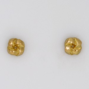 Handmade ladies 18ct yellow gold earrings
