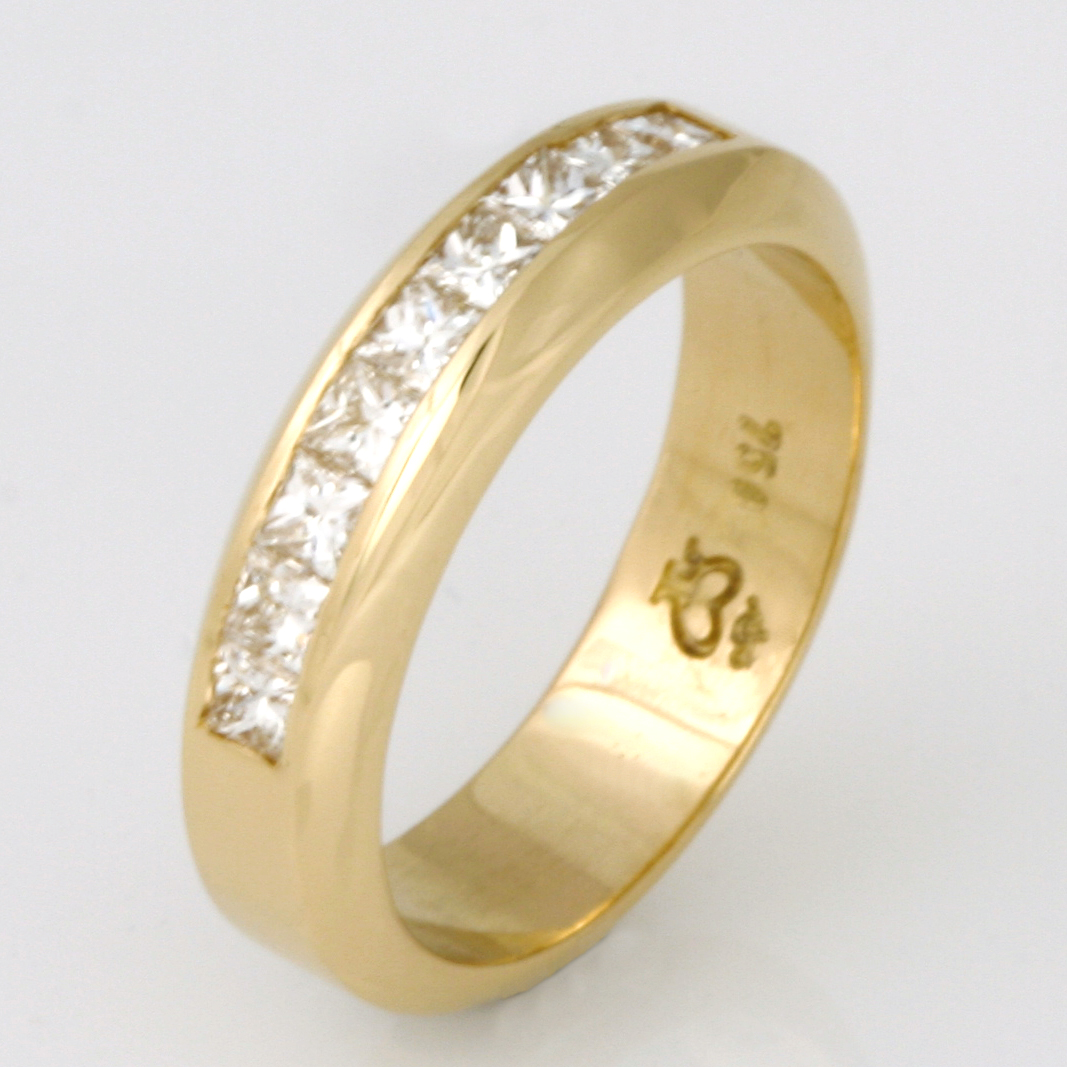 Handmade ladies 18ct yellow gold princess cut diamond eternity ring