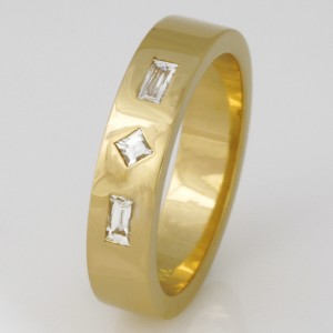 Handmade ladies 18ct yellow gold 'Tycoon' cut diamond wedding ring