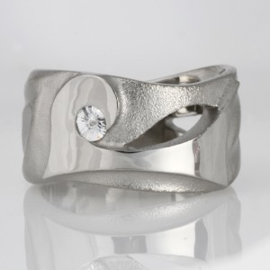 Handmade ladies palladium 'Spirit' cut diamond ring