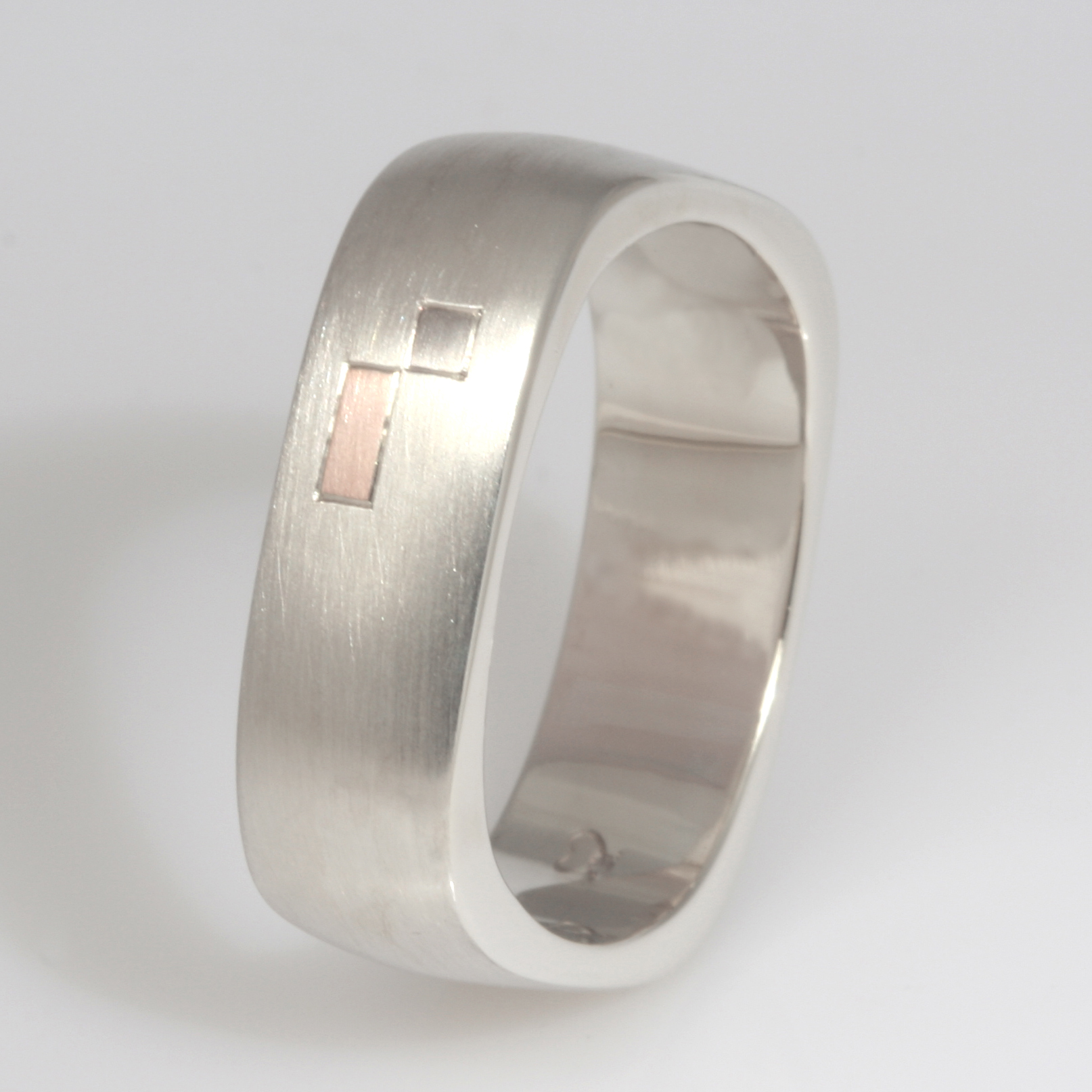 Handmade gents 9ct white gold square wedding ring featuring a 18ct white gold square inlay and a 18ct rose gold rectangular inlay
