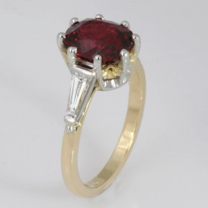 Handmade ladies 18ct yellow gold and platinum ring featuring a Burmese Spinel and baguette diamonds