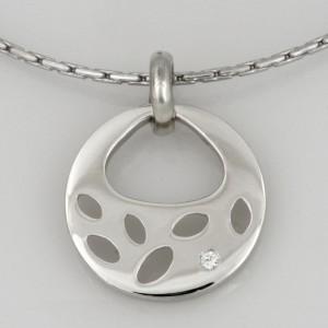 Handmade ladies 9ct white gold diamond pendant