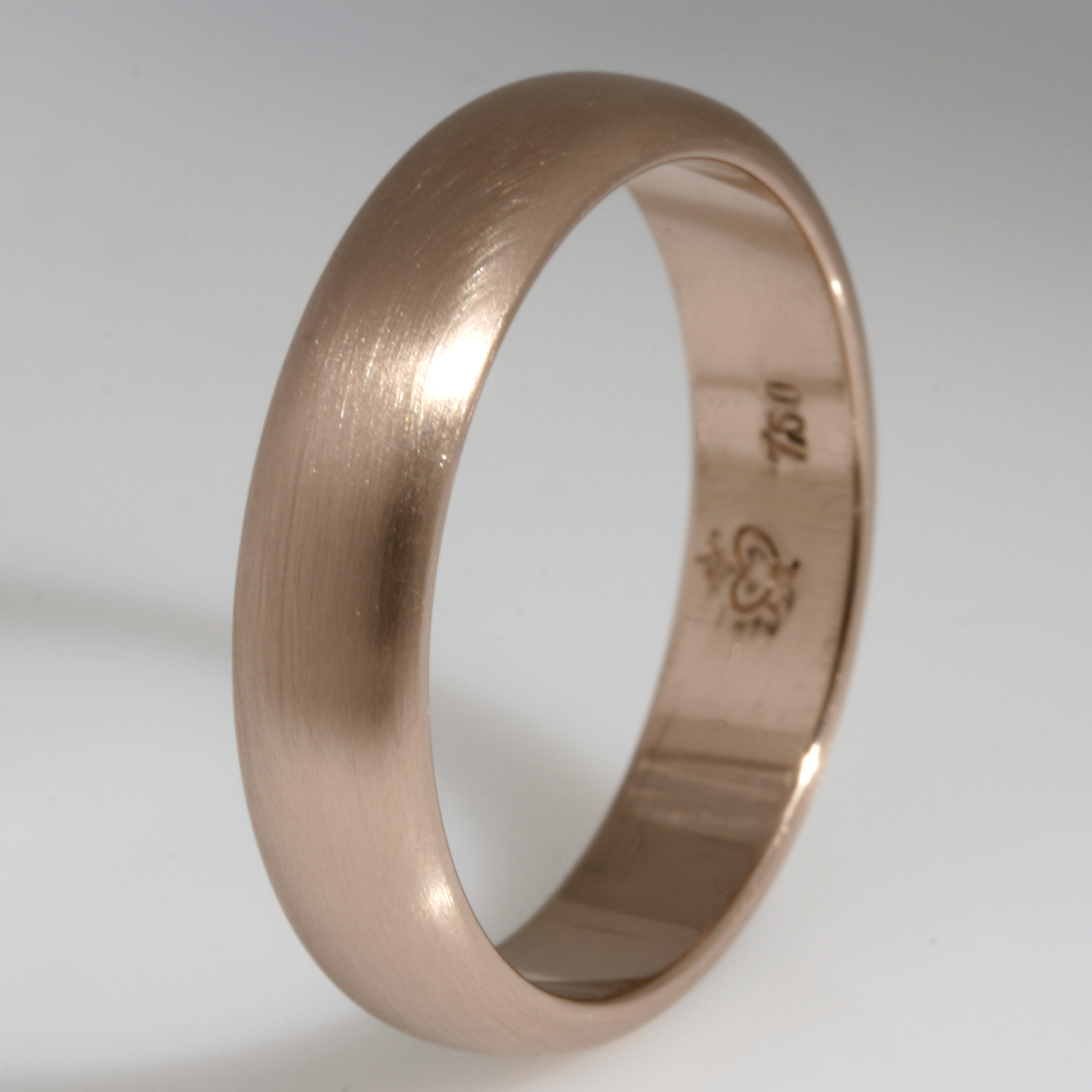 Handmade gents 18ct rose gold wedding ring