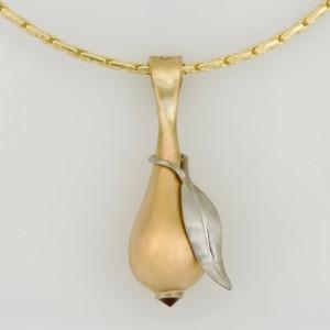 Handmade ladies 9ct yellow gold and palladium pear shaped pendant