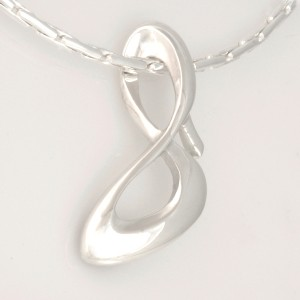 P086 Sterling Silver Infinity Shoe Pendant. $219