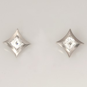 Handmade ladies palladium 'Tycoon' cut diamond earrings