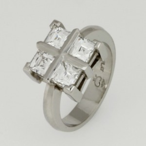 Handmade ladies Platinum ring featuring Tycoon cut diamonds
