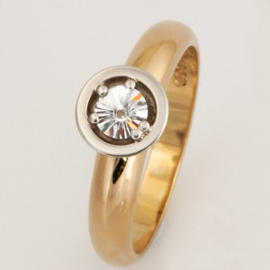 Handmade ladies 18ct yellow gold and palladium engagement ring featuring a Spirit cut diamond