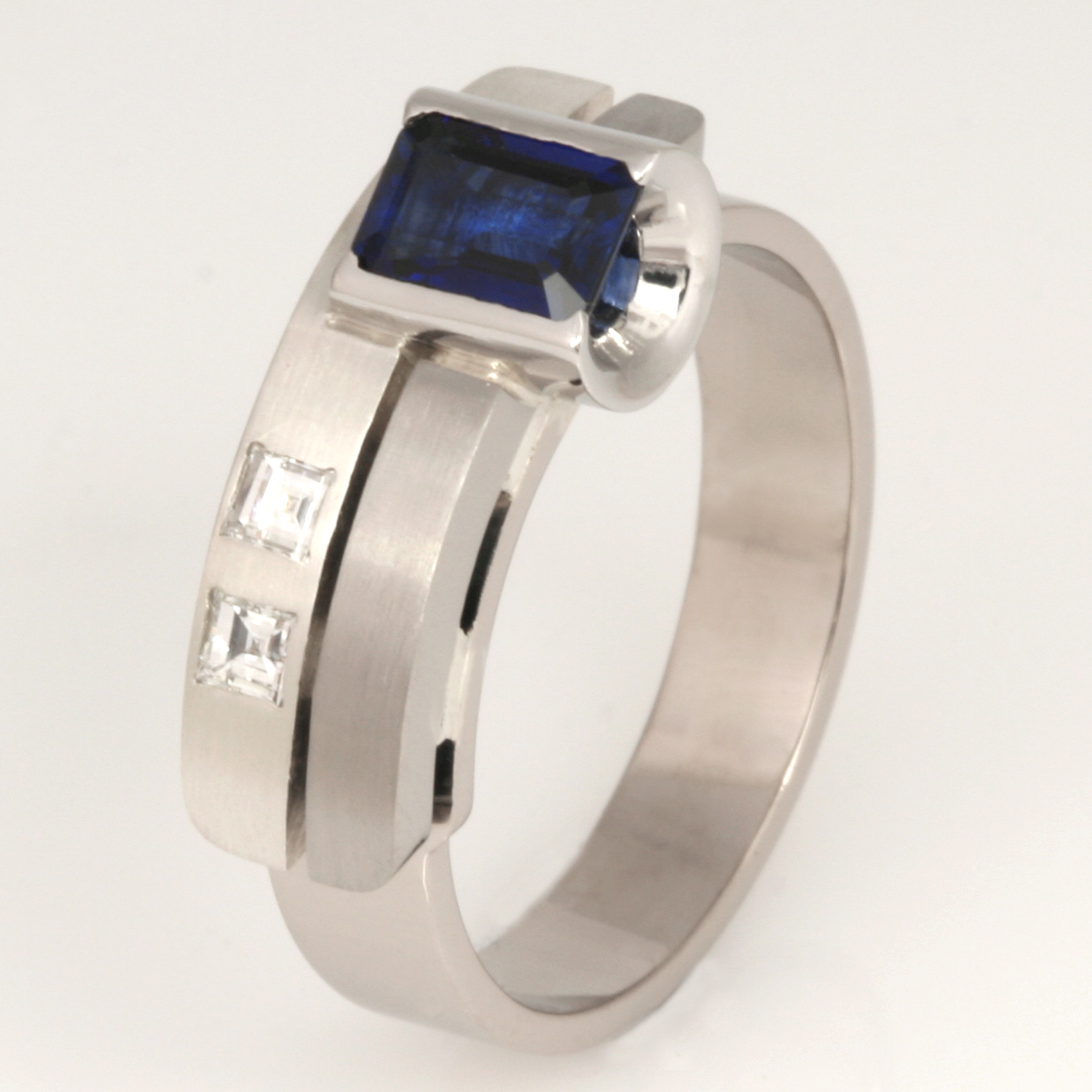 Handmade ladies 18ct and 9ct white gold 'Archie' ring featuring Ceylon sapphire and diamonds