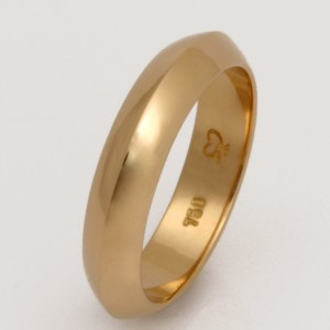 Handmade ladies 18ct yellow gold knife edge wedding ring