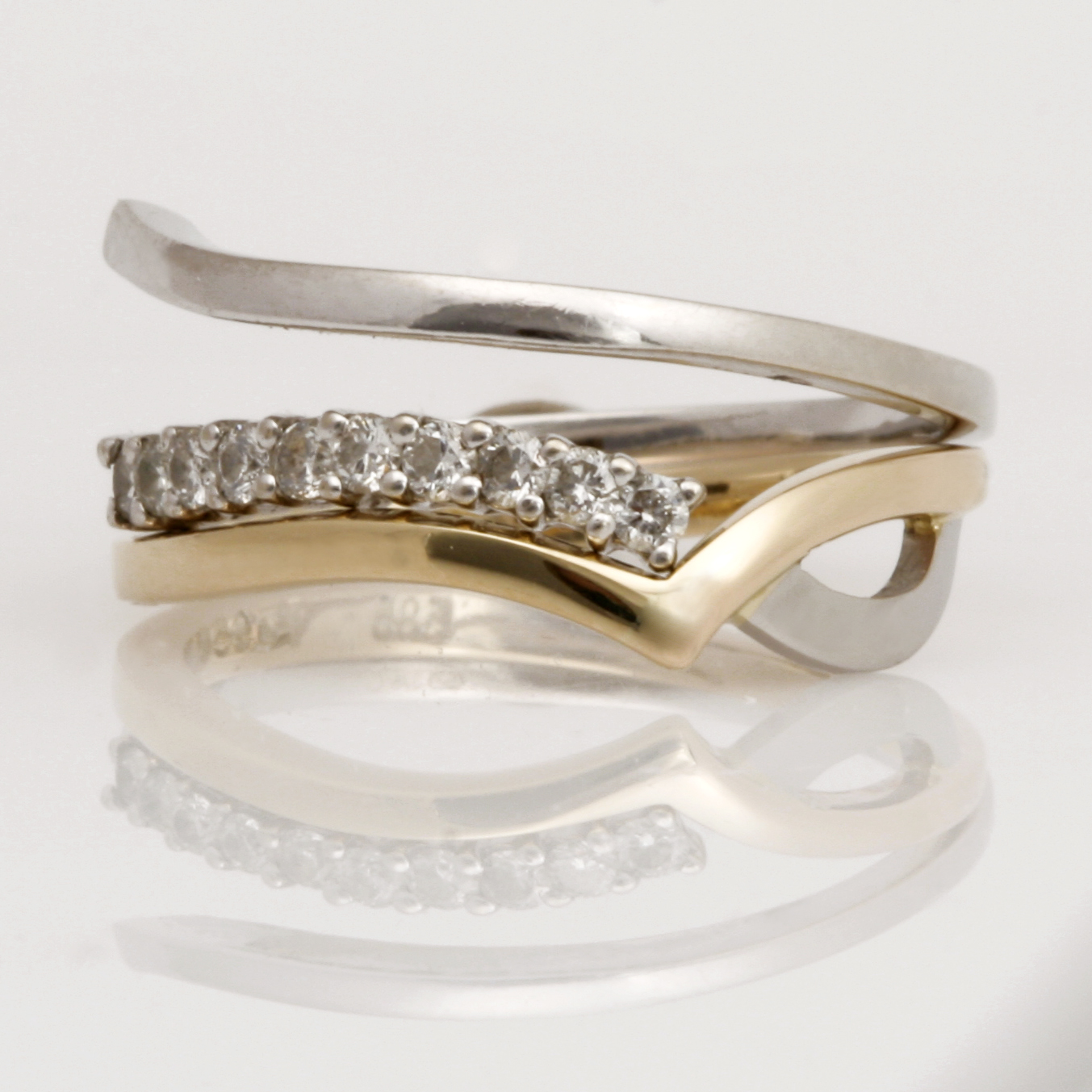 Handmade ladies 18ct yellow gold and palladium wedding ring