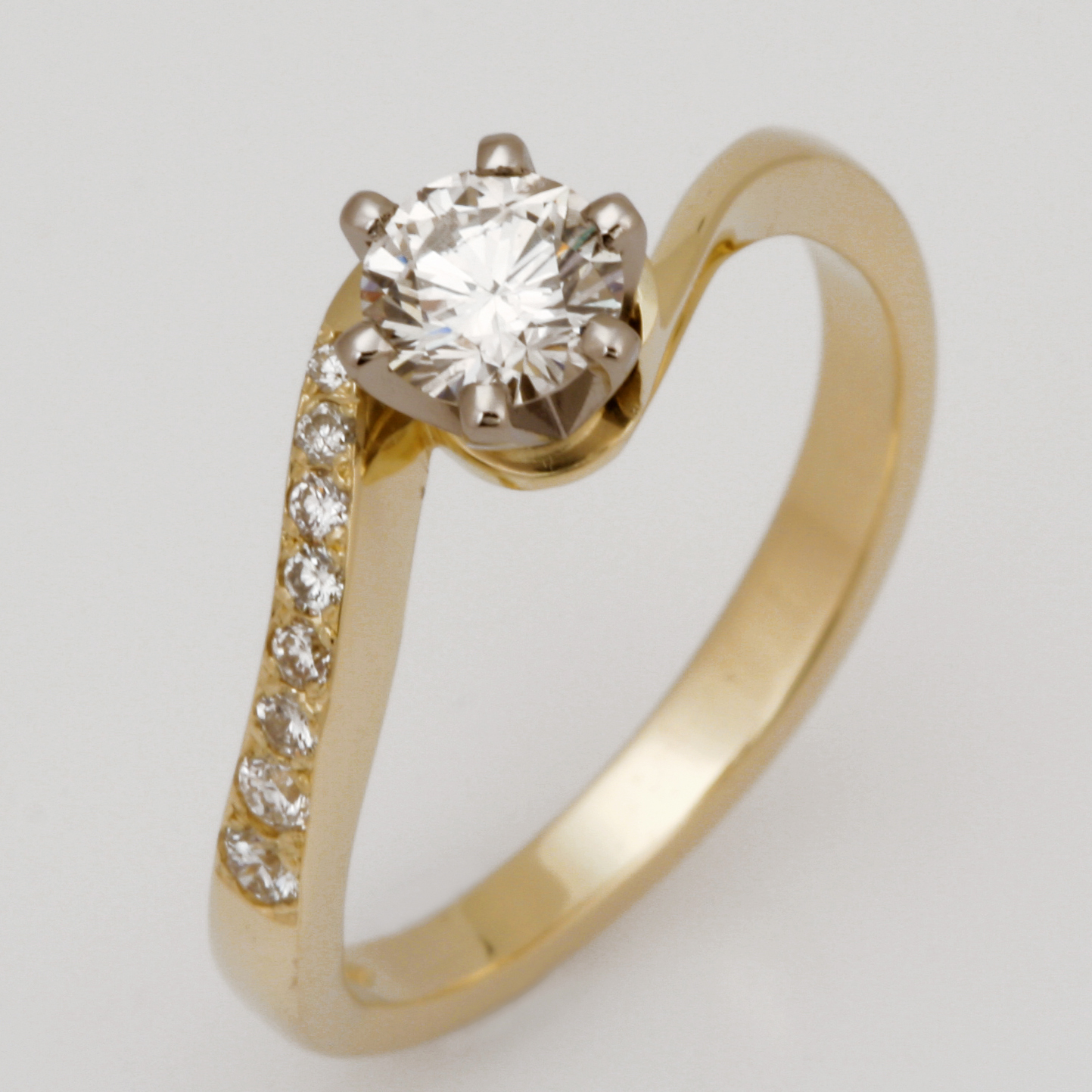 Handmade Ladies 14ct yellow gold and 18ct white gold diamond Engagement ring