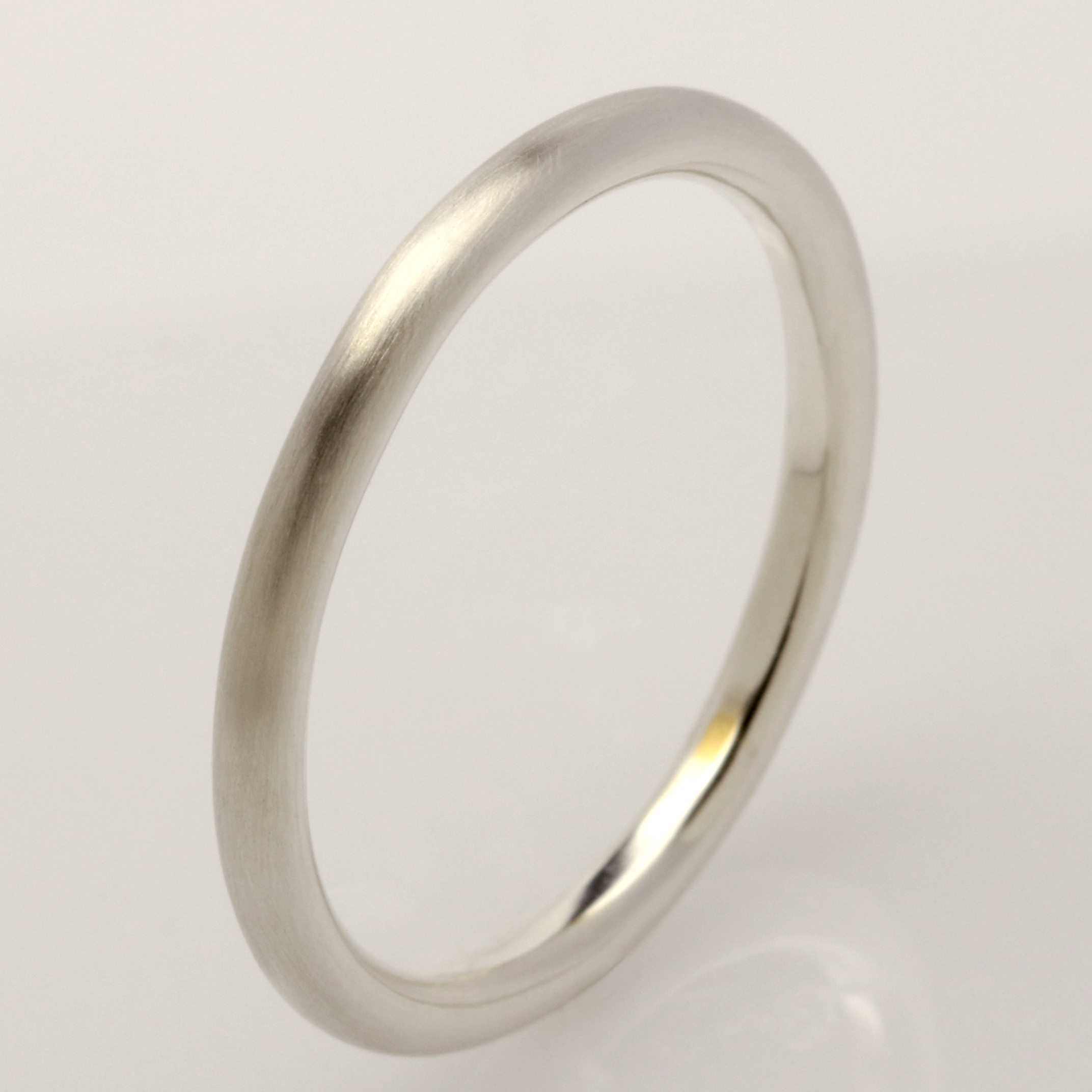 Handmade 9ct white gold round mens wedding ring
