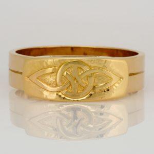 Handmade 14ct & 18ct yellow gold engraved mens wedding ring