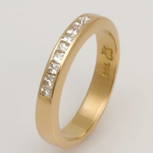 Ladies handmade Platinum and 18ct yellow gold diamond Wedding ring